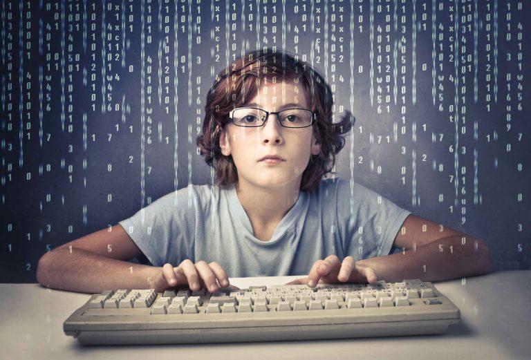 如何自學寫程式?靠補習班?還是自己看書?